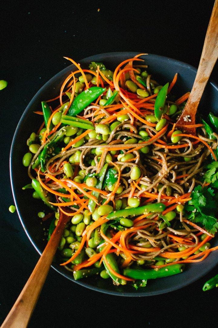 sugar-snap-pea-and-carrot-soba-noodles-1-2.jpg